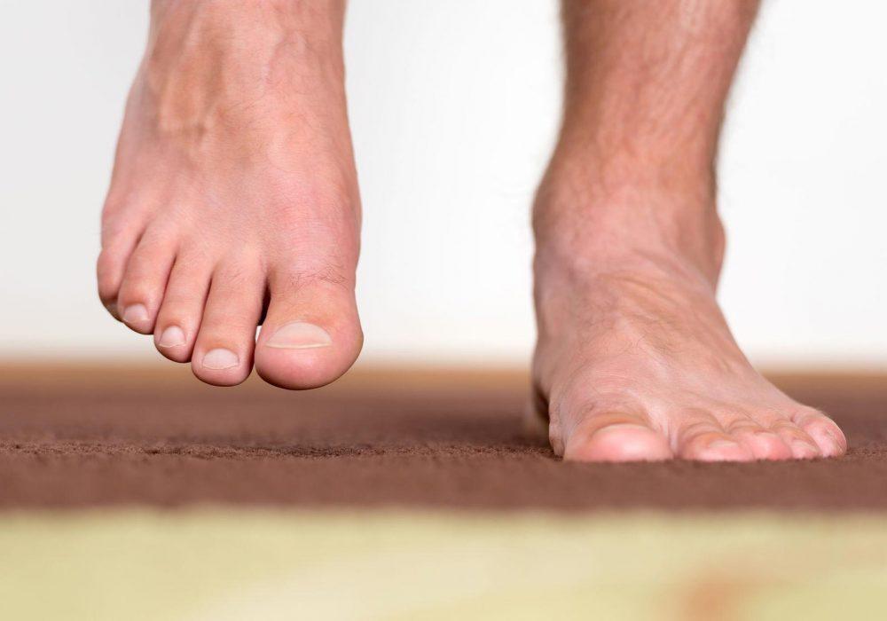 Schützen Sie Ihre Zehen it einer geeigneten Zehenbox!